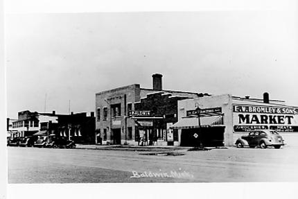 Baraga Mi To Barg 01 Main Street 02 Keweenaw Bay 03 St Joseph S Convent 04 Residence Scene 05 1910