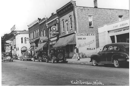 To Estpt 01 Marisonia On Torch Lake Eastport Mi Esttw Holland Hotel East Tawas 02 Main Street 1950 S